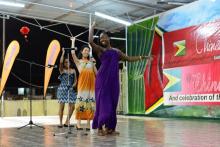 CIUG students singing a Chinese folk song at Fair